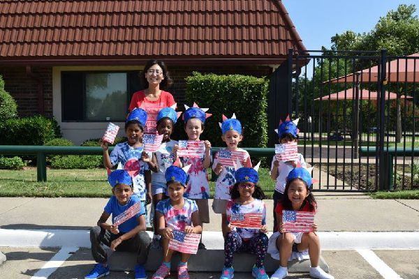 K-5 Classes - New Age Montessori